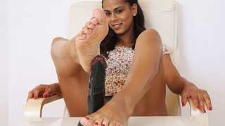 Sexy latina Lexi bare foot sole fetish