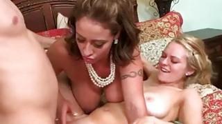 Stepmom Eva joins Ali in threesome sex