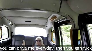 Big boobs blonde woman sucks off and nailed in the cab