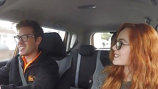 Threesome ffm fuck in fake driving school car
