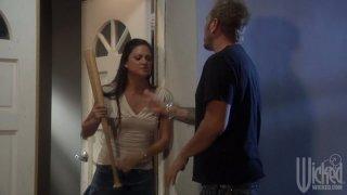 Brunette chick Stephanie Swift takes revenge on her boyfriend