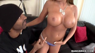 Richelle Ryan takes on black monster cock