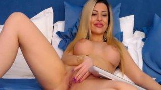 Pretty Hottie Blonde Babe Teasing her Viewers