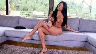 Anissa Kate posing nude and showing her sexy curves