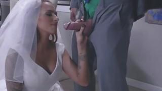 The Bride sucking Juelz Venturas big cock deep throat