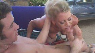 MILF porn slut Chelsea Zinn is fucking passionately upskirt