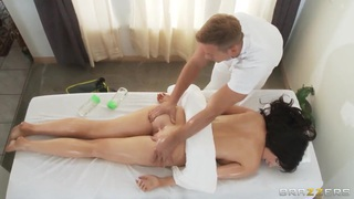 Diana Prince enjoys a sensual full body massage
