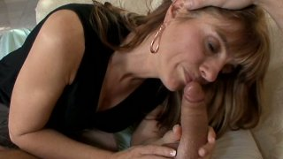 Cougar sex hunter Trisha Lynne giving blowjob and riding strong and young cock